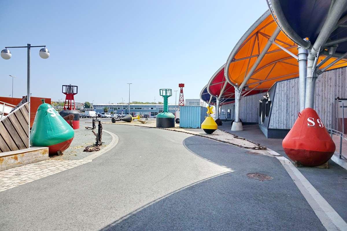 [Vie des Ports ] Port de La Rochelle  - Page 11 Dsc11664