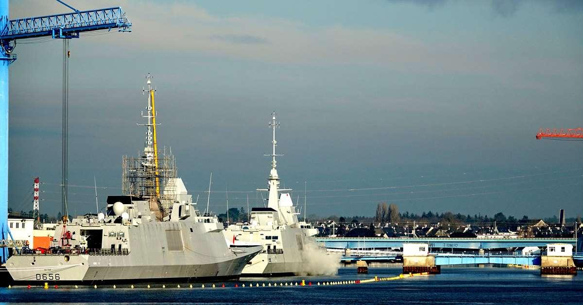 [Les ports militaires de métropole] Port de LORIENT - TOME 1 - Page 19 Dsc14774