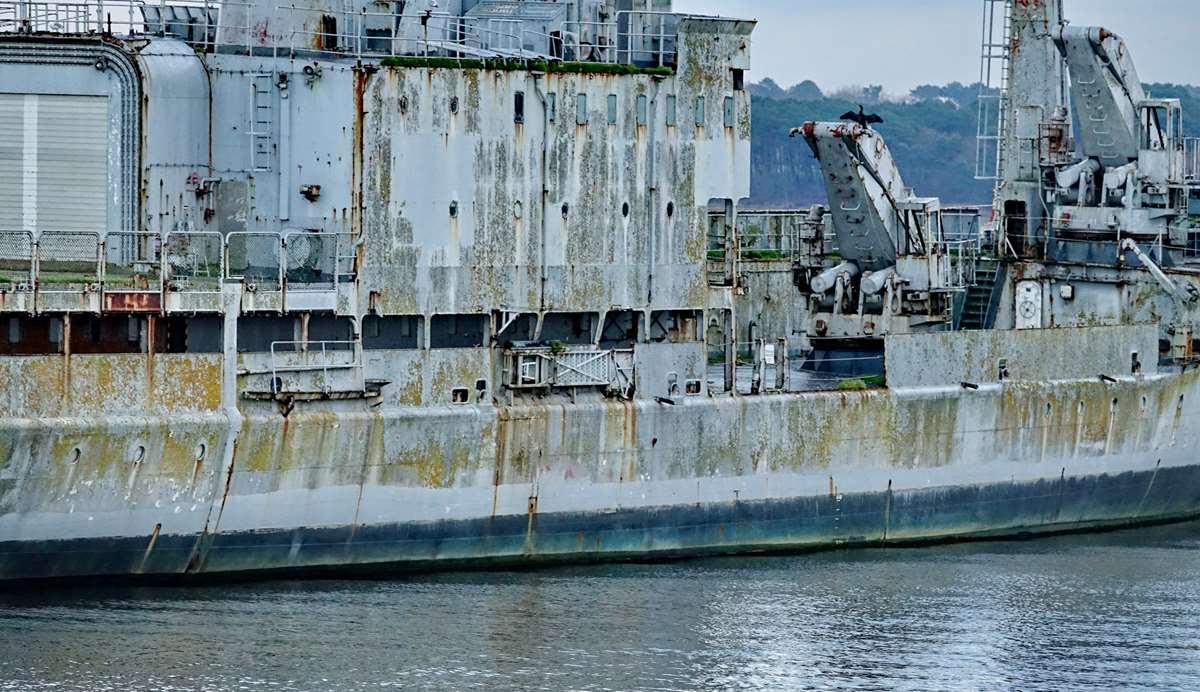 [Les ports militaires de métropole] Port de LORIENT - TOME 1 - Page 19 Dsc15043