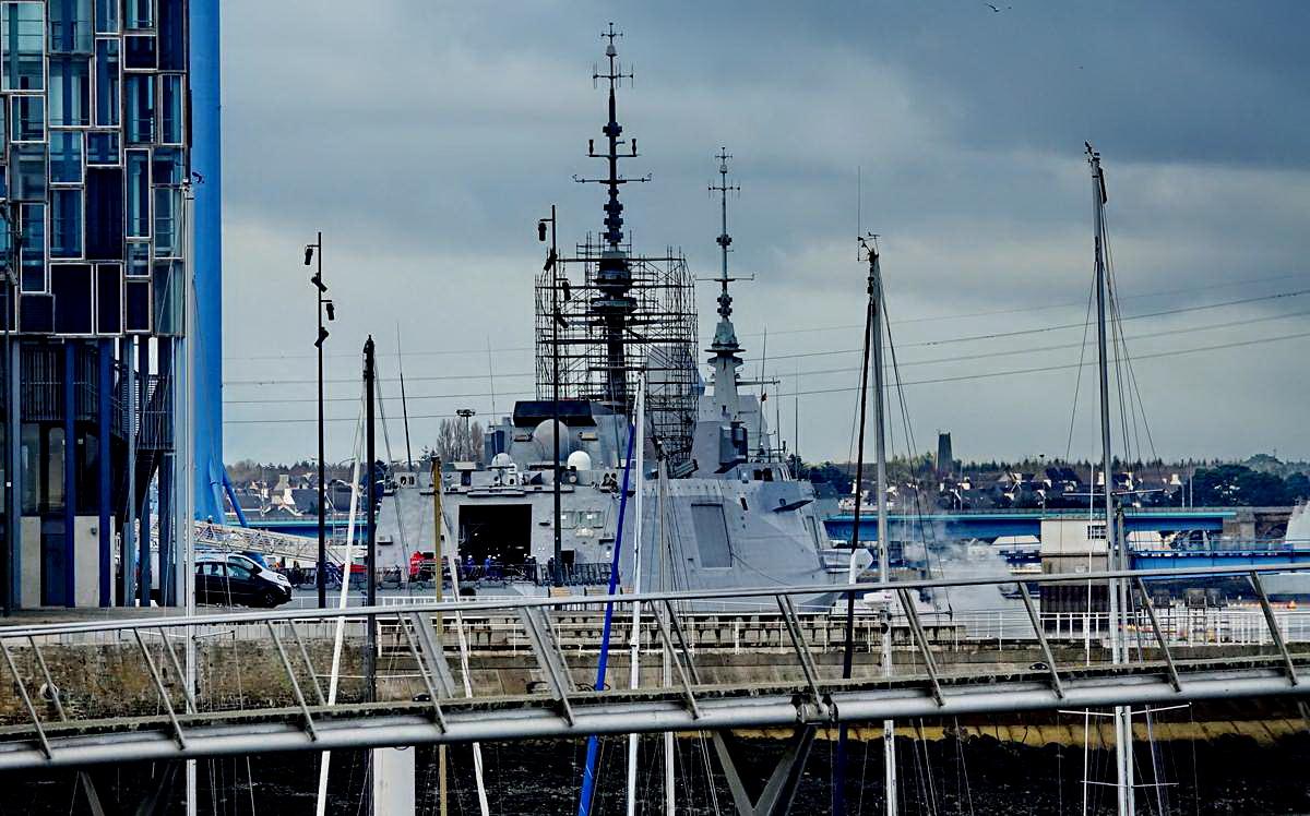 [Les ports militaires de métropole] Port de LORIENT - TOME 1 - Page 20 Dsc15304