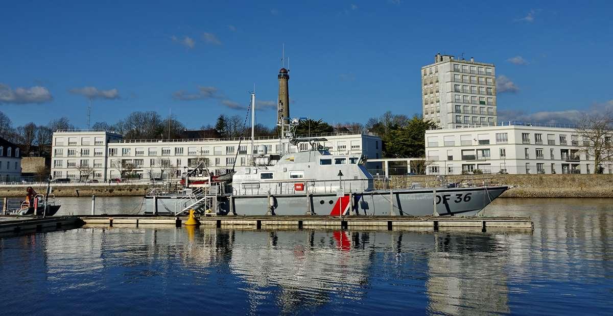 [Les ports militaires de métropole] Port de LORIENT - TOME 1 - Page 22 Dsc15611