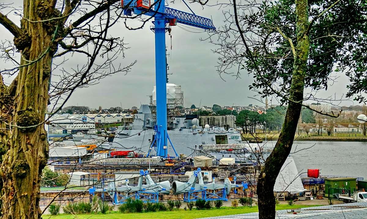[Les ports militaires de métropole] Port de LORIENT - TOME 1 - Page 22 Dsc15908