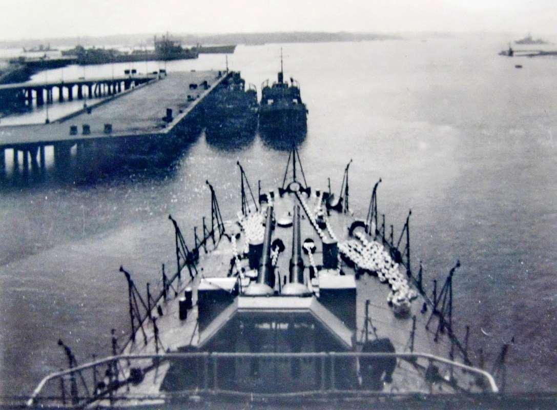 [Les ports militaires de métropole] Port de LORIENT - TOME 1 - Page 22 Fusco_28
