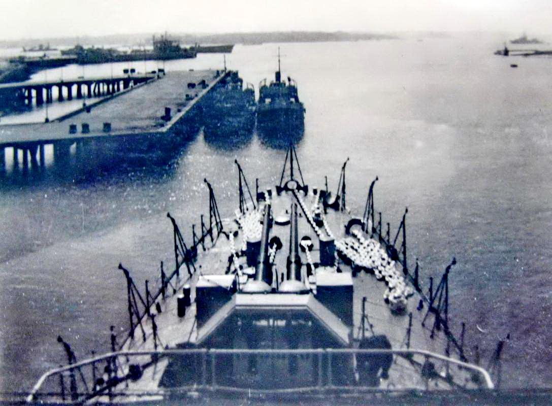 [Les ports militaires de métropole] Port de LORIENT - TOME 1 - Page 25 Fusco_48