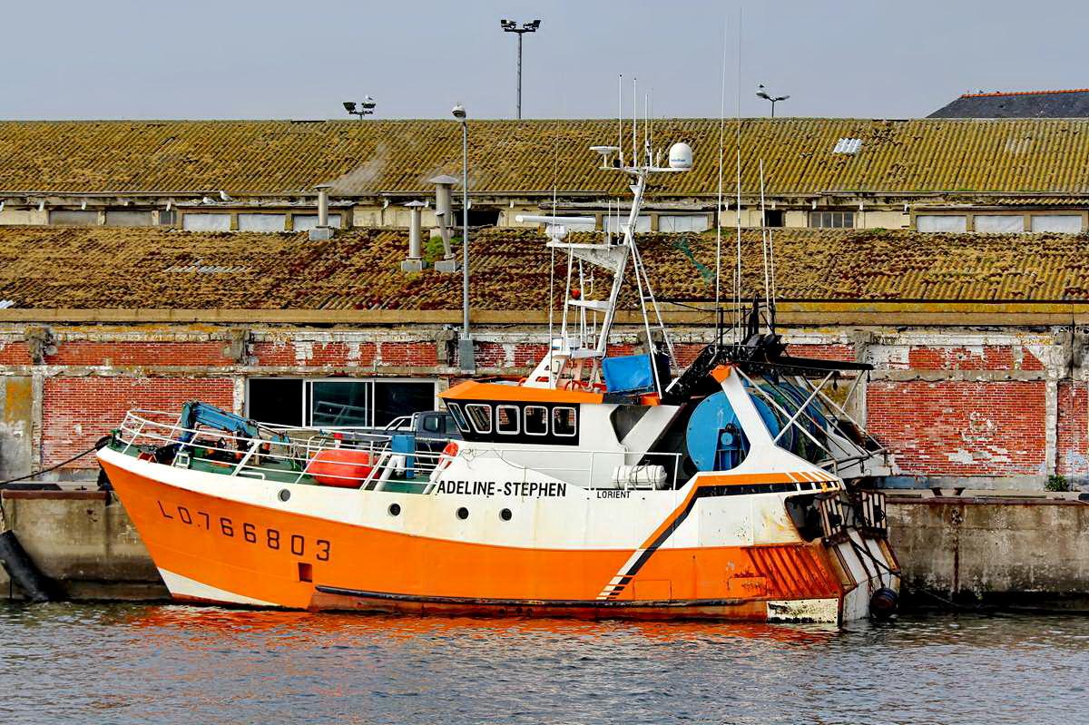 [VIE DES PORTS] Quelques bateaux de pêche (sur nos côtes Françaises) - Page 9 Img_7521