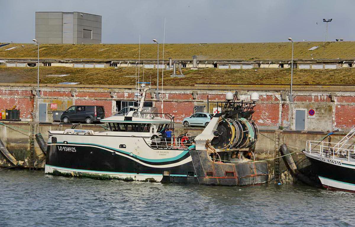 [VIE DES PORTS] Quelques bateaux de pêche (sur nos côtes Françaises) - Page 9 Img_7614