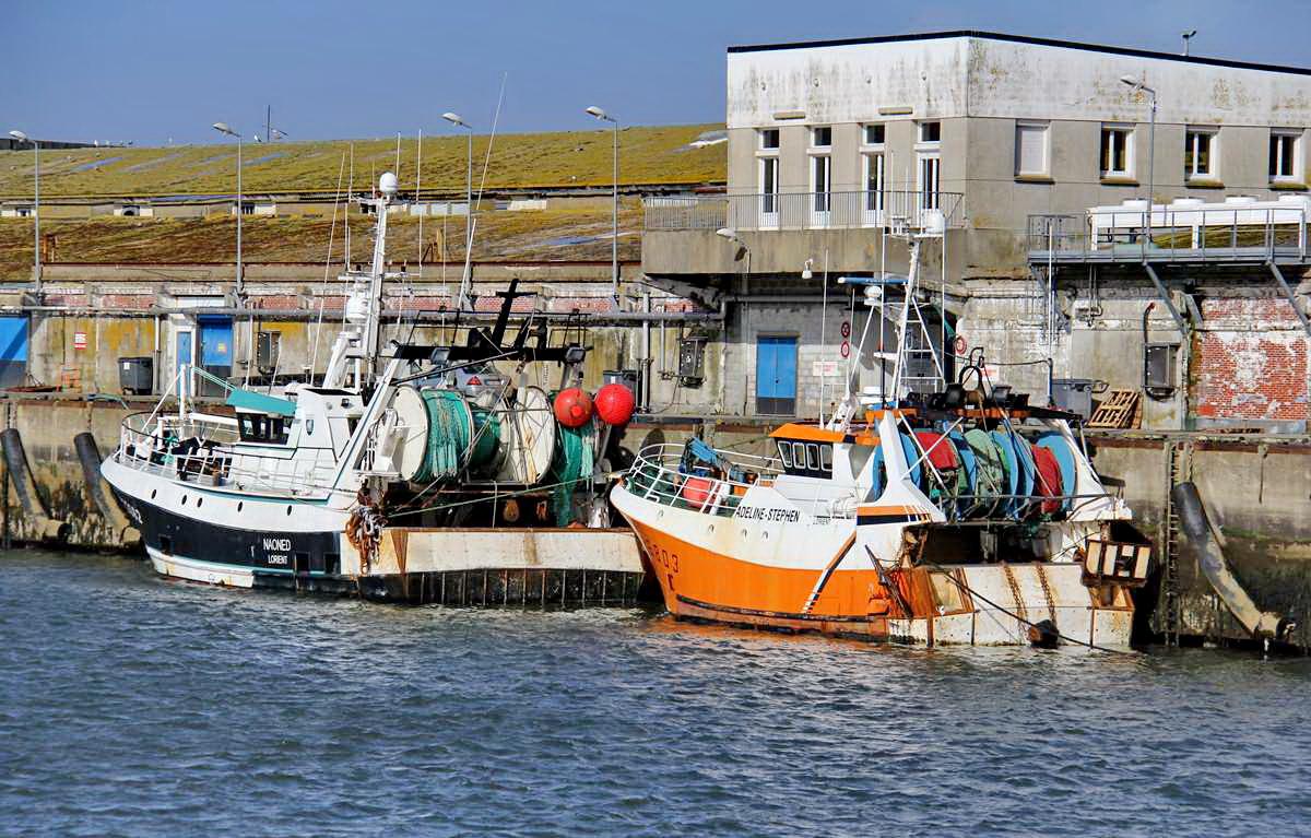 [VIE DES PORTS] Quelques bateaux de pêche (sur nos côtes Françaises) - Page 9 Img_7615