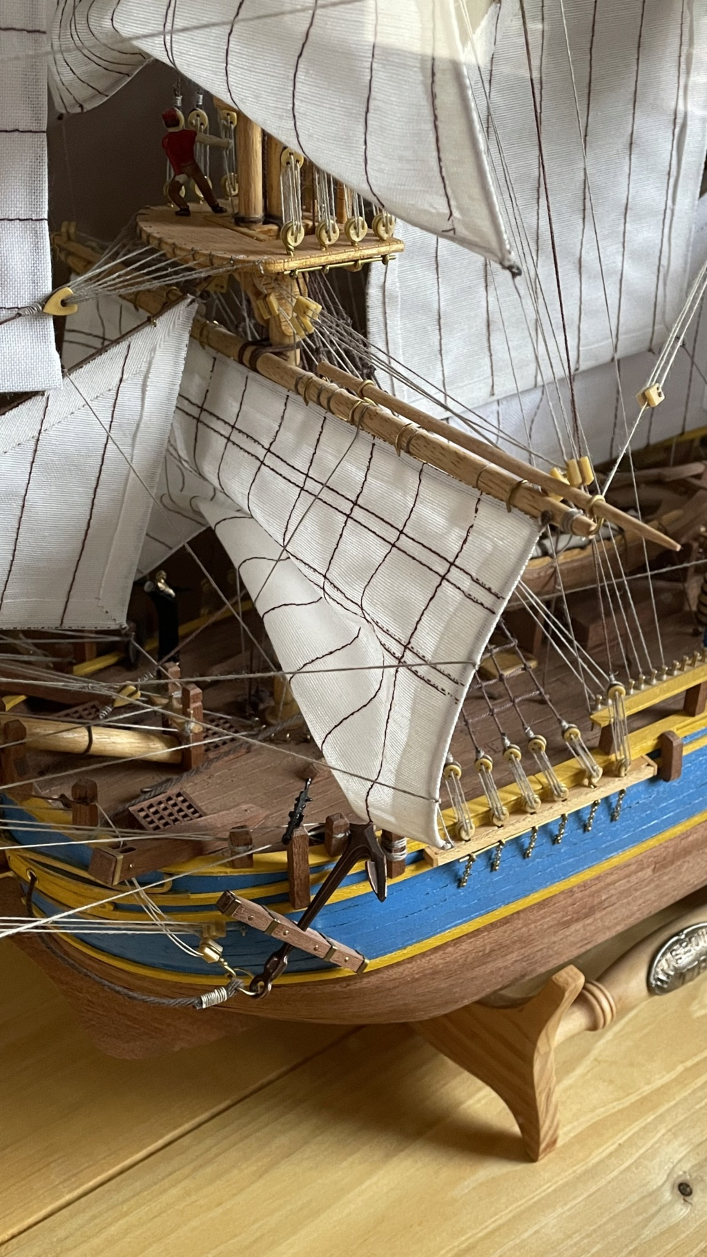 HMAV Bounty 1783 (Del Prado 1/46°) par Tonius Ae100410