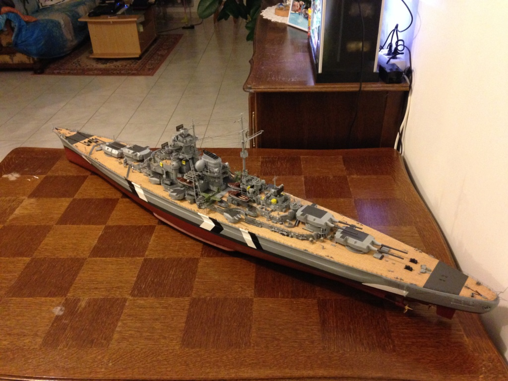 Le Bismarck amati 1:200 Img_0713