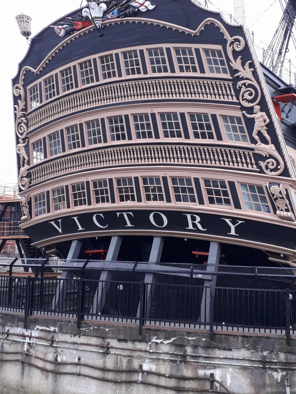 HMS Victory de Mantua au 1/98° - Page 9 Receiv10