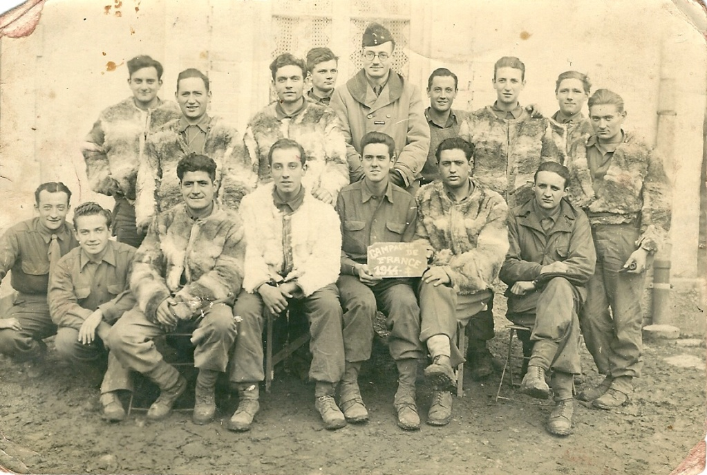 Les reconnaissez-vous ? 12 cuir 1er escadron à DIEUZE 076-nu10