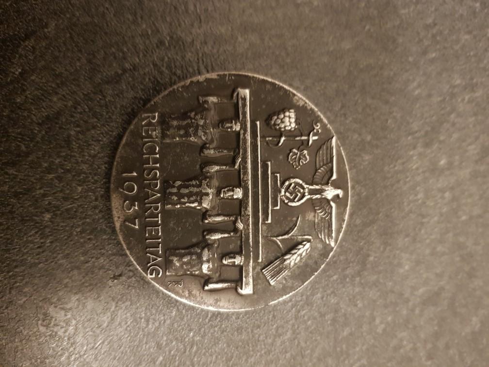 Médailles pour authetification et estimation de valeur 111