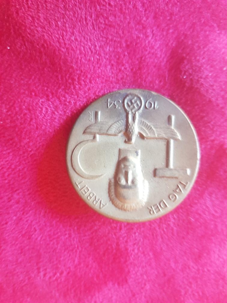 Médailles pour authetification et estimation de valeur 210