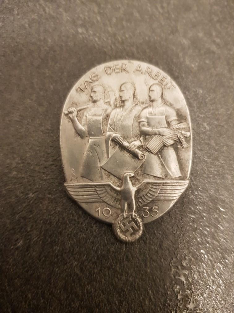 Médailles pour authetification et estimation de valeur 411