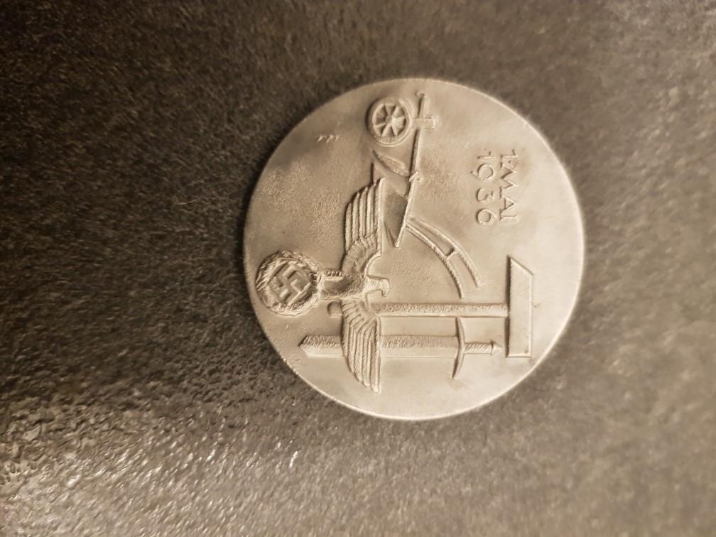 Médailles pour authetification et estimation de valeur 511