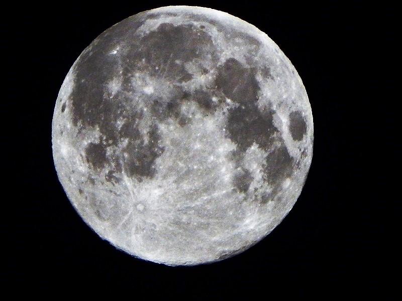 Der Mond - Seite 3 Dscf6410