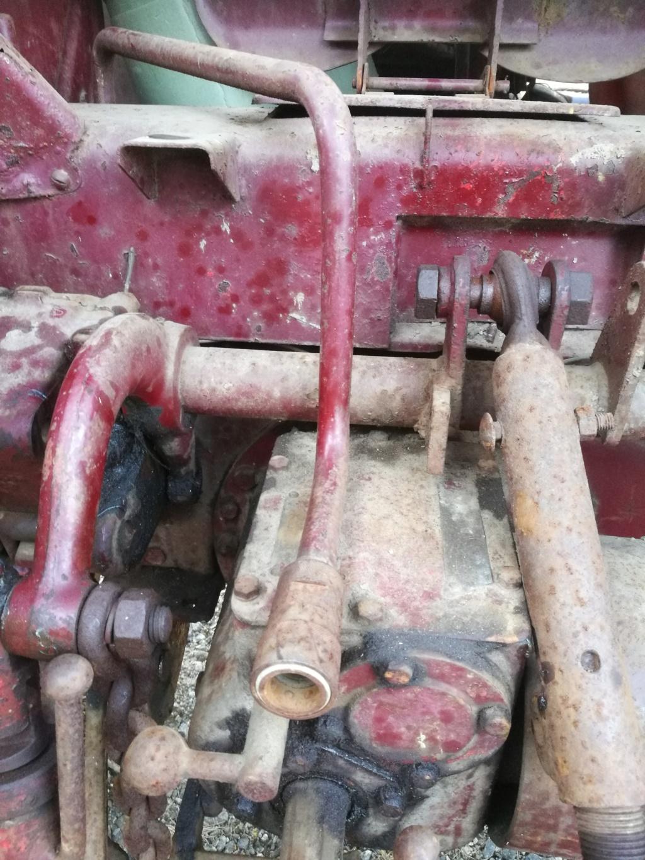 David Brown 25D öljyistä Hydrau10