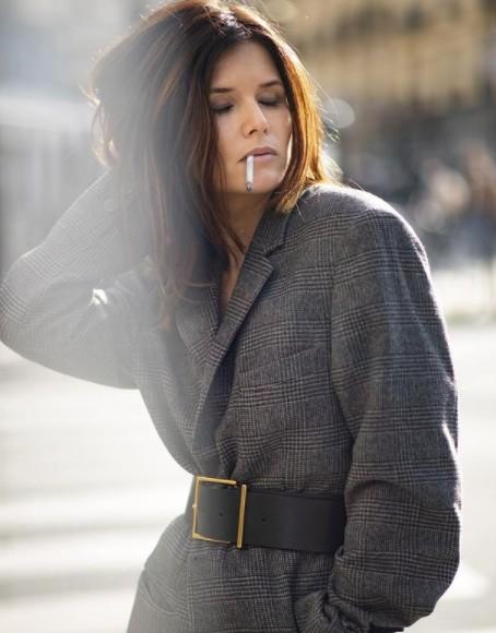 La cigarette dans PBLV - Page 2 Flavie10