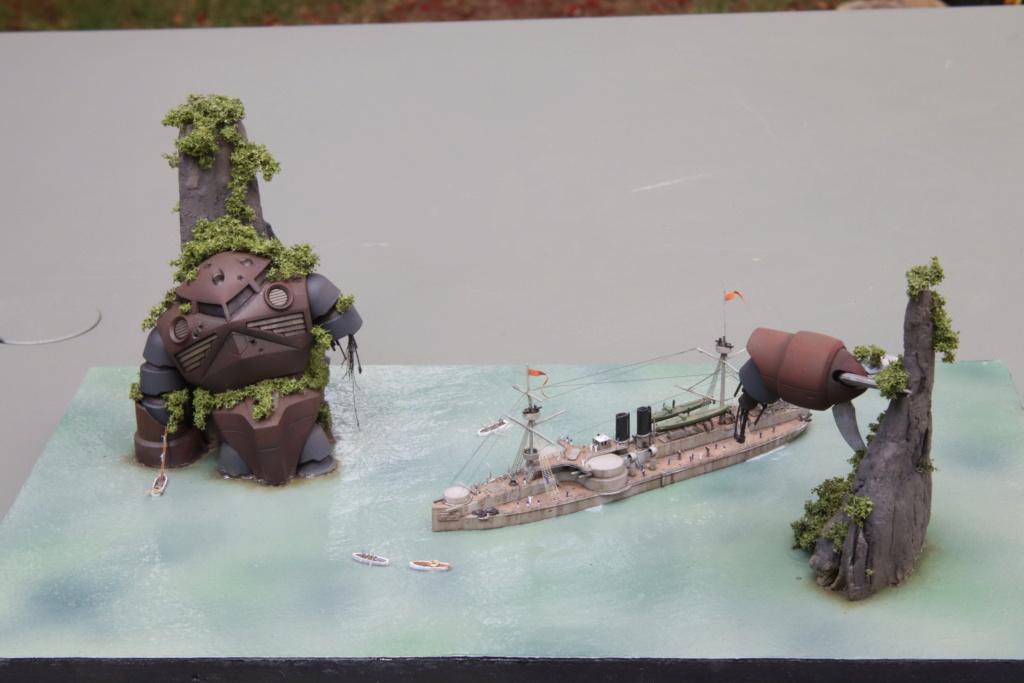 "Diorama ""rétro science-fiction"" au 1/700 Img_1212"