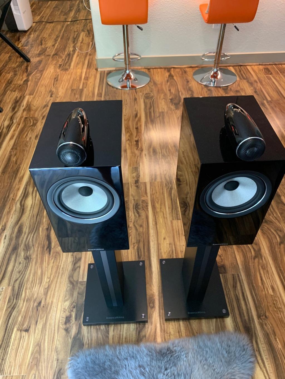 B&W 705 S2 speakers 5c3fce10