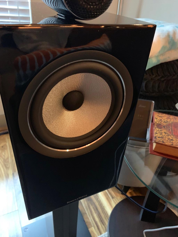 B&W 705 S2 speakers 89a1c410