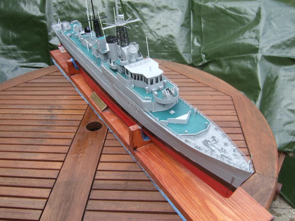 HMS Troubridge  C 1960  11010111
