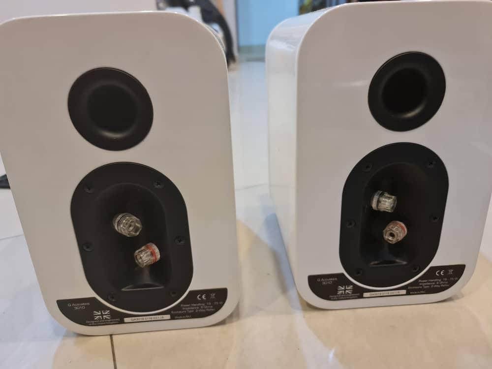 SOLD Q acoustic 3010i bookshelf speaker white (USED) Whatsa19
