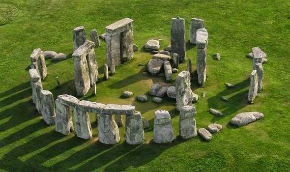 Monumentos Megaliticos - El Cromlech de Stonehenge 212bst10