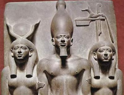 Escultura egipcia. Anónimo Miceri12