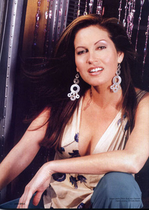 Photos de Francesca alias Lisa Guerrero Coles Rutcqq10