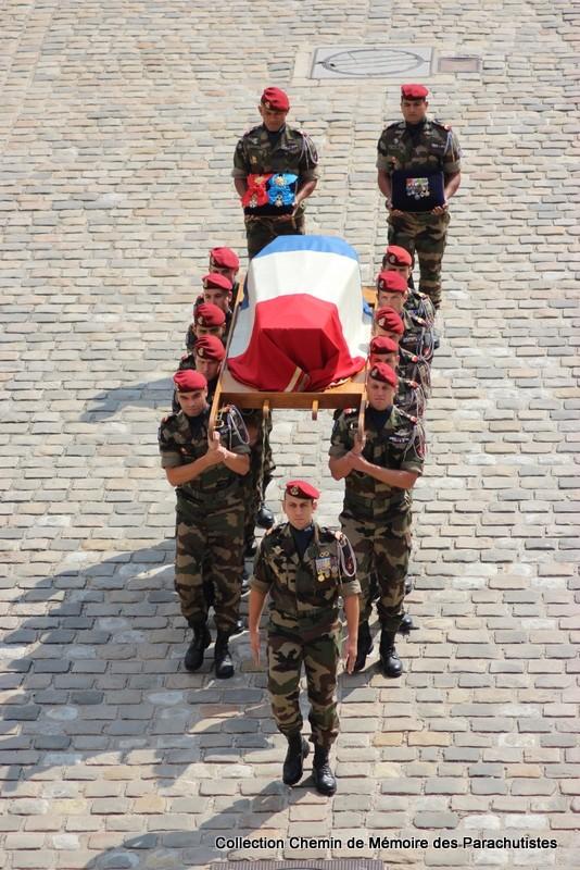 Le Général LE BOUDEC nous a quitté, cérémonie Saint-Louis des Invalides Img_8616