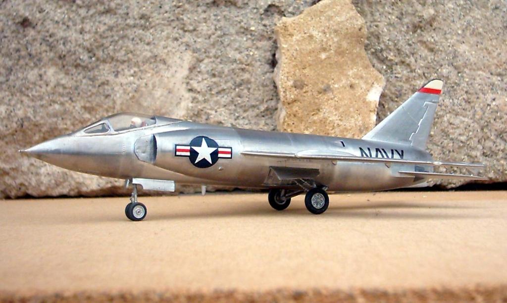 Grumman F9F-9 (F11F) Tiger, Lindberg 1/48, 1955 Grumma14