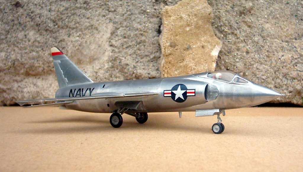 Grumman F9F-9 (F11F) Tiger, Lindberg 1/48, 1955 Grumma15