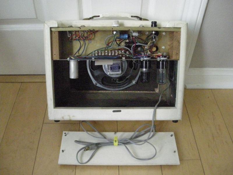 RARE 1963 Amplificateur princess Gretsch. Dscn2810