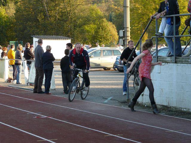 tentative record monde 1000 km du 8 au 12 octobre 2008 - Page 6 Caf_re64