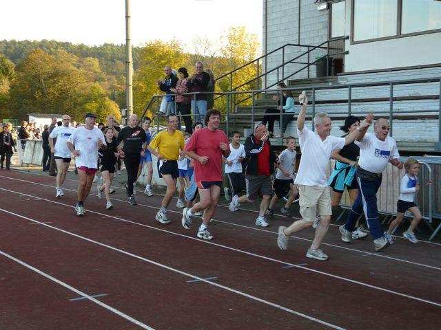 tentative record monde 1000 km du 8 au 12 octobre 2008 - Page 6 Caf_re68