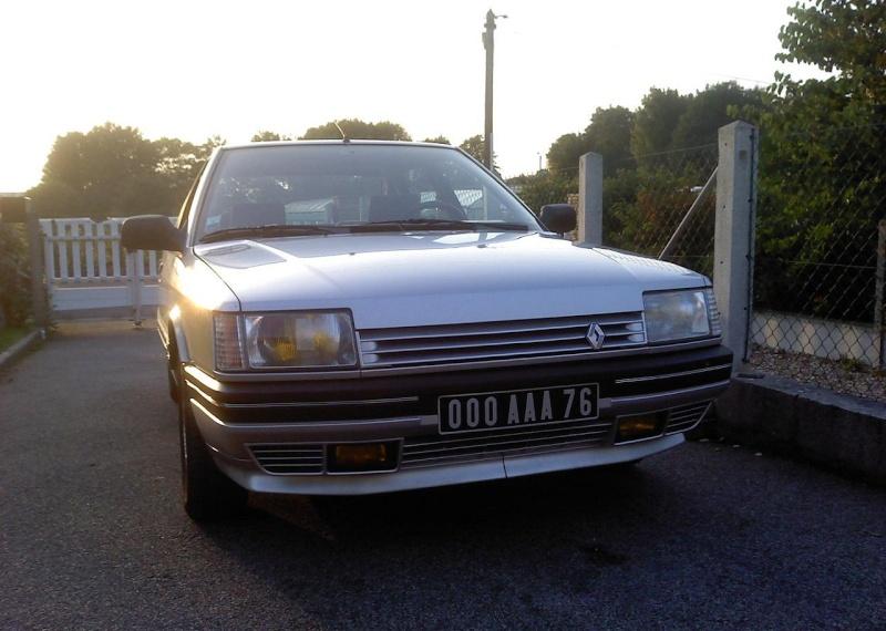 Renault 21 TXE  P0910112