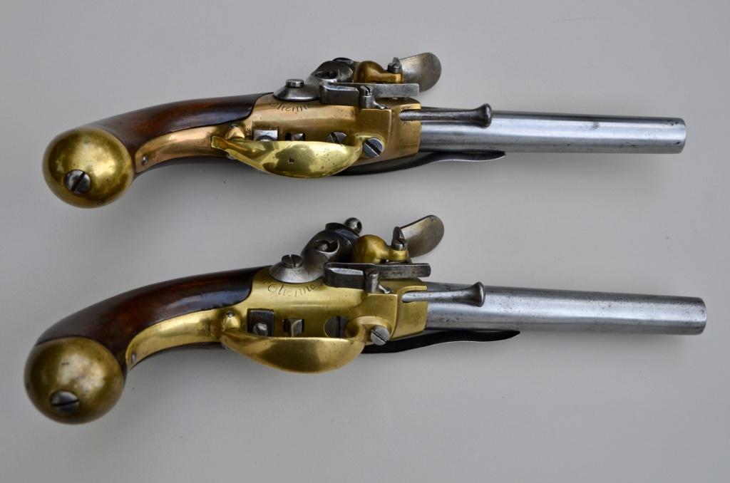 Une paire de pistolets 1777 50eb5510