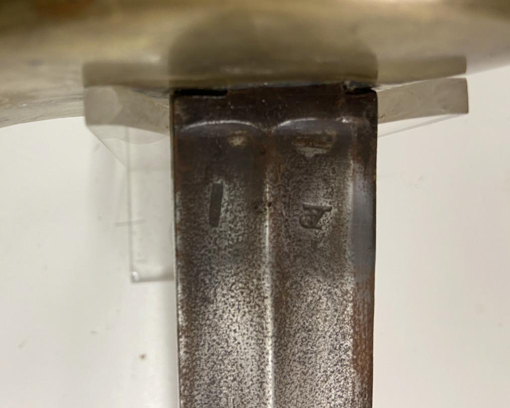 Un sabre français de cuirassiers premier empire 5d664e10