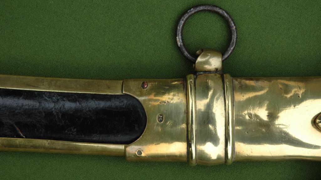 Sabre de Chasseur à Cheval de la Garde Impériale pour inspection. 5fe0df10
