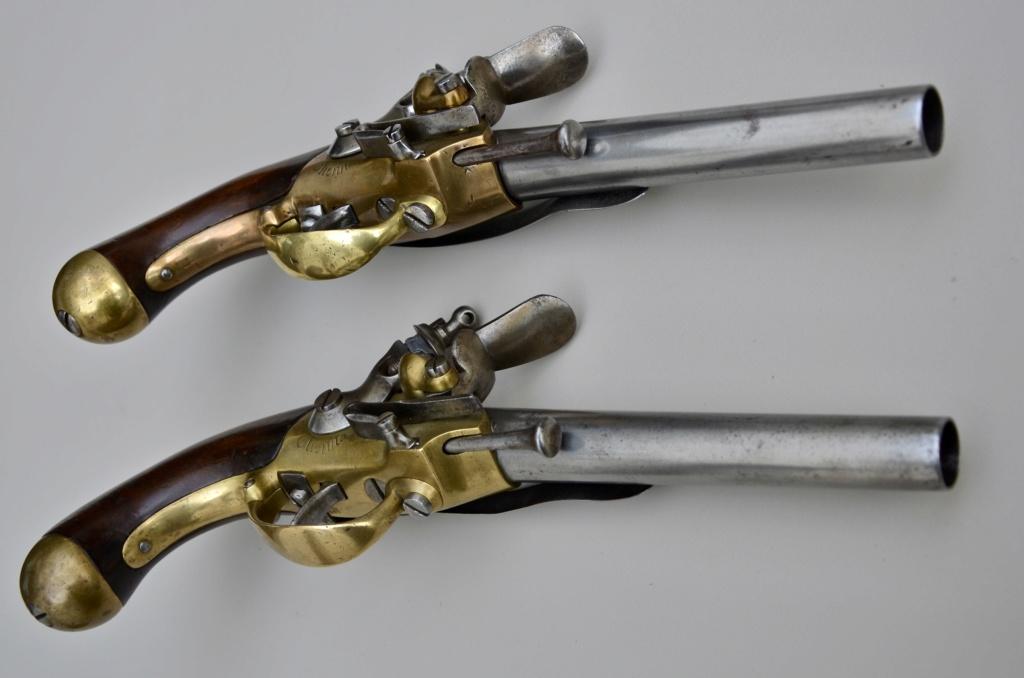 Une paire de pistolets 1777 6bcdca10