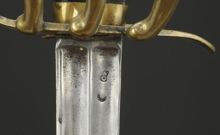Un sabre français de cuirassiers premier empire 89a34110