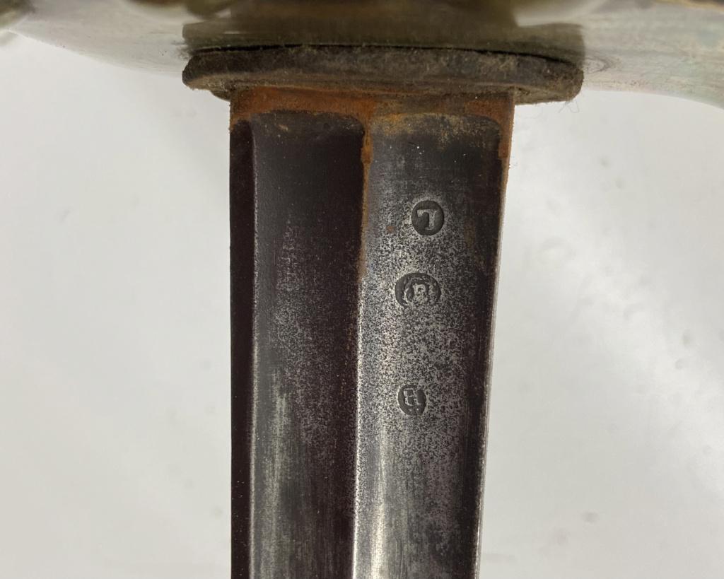 Un sabre français de cuirassiers premier empire Bc61cc10