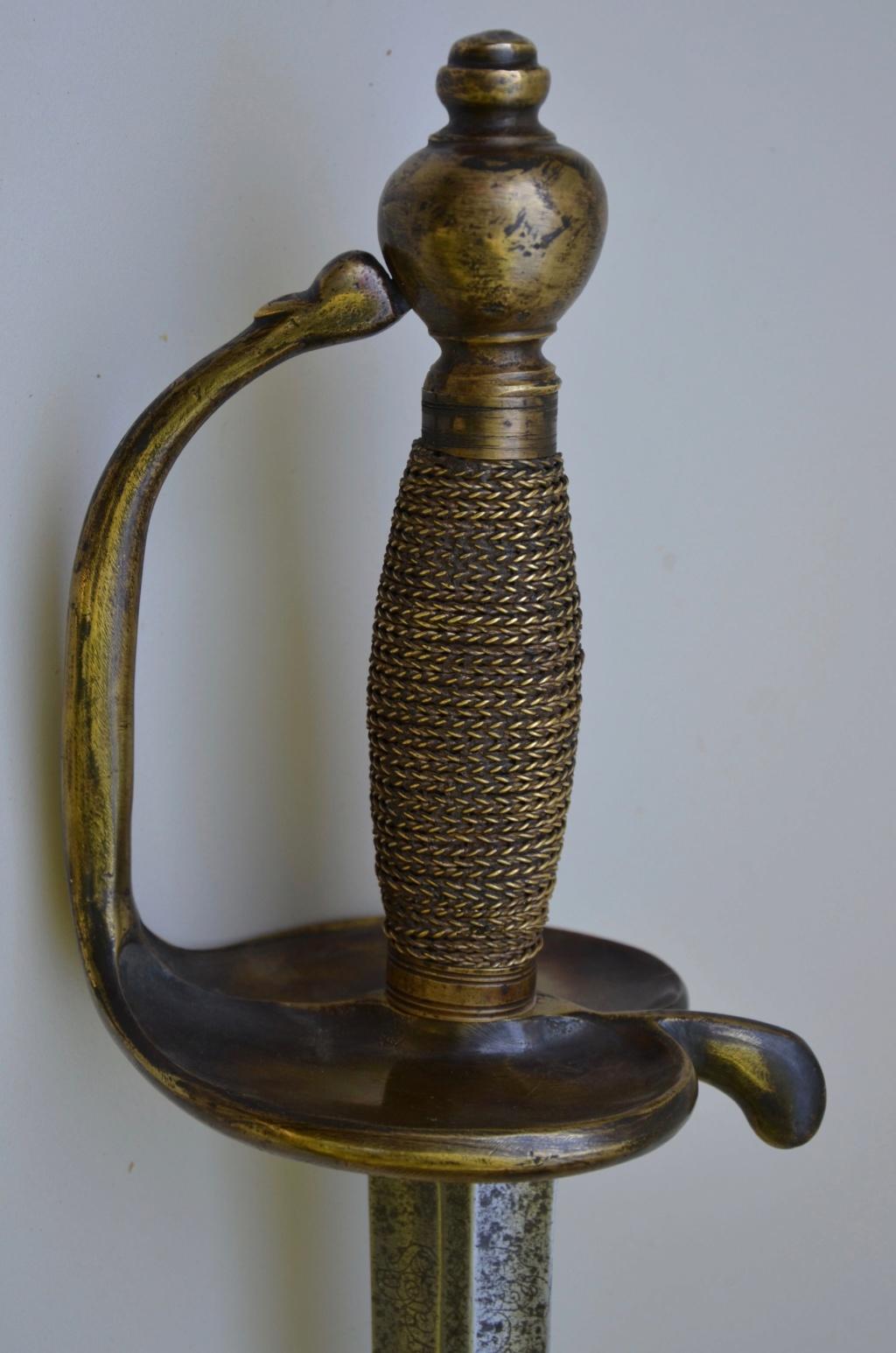 Forte épée de cavalerie modèle 1734 Dsc_8111
