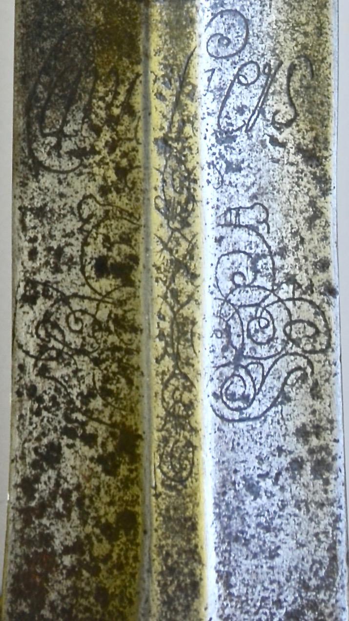 Forte épée de cavalerie modèle 1734 Dsc_8113
