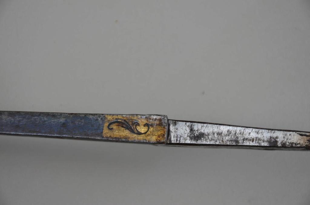 Identification d'une lame de sabre Dsc_8710