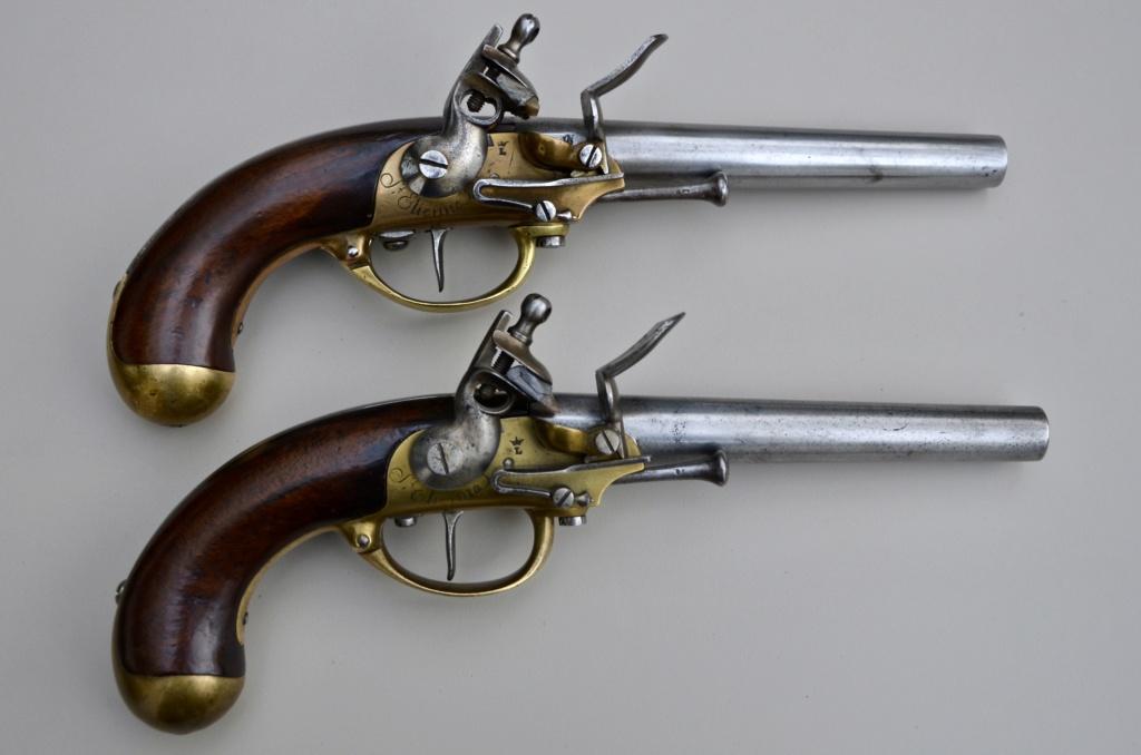 Une paire de pistolets 1777 F1e41e10
