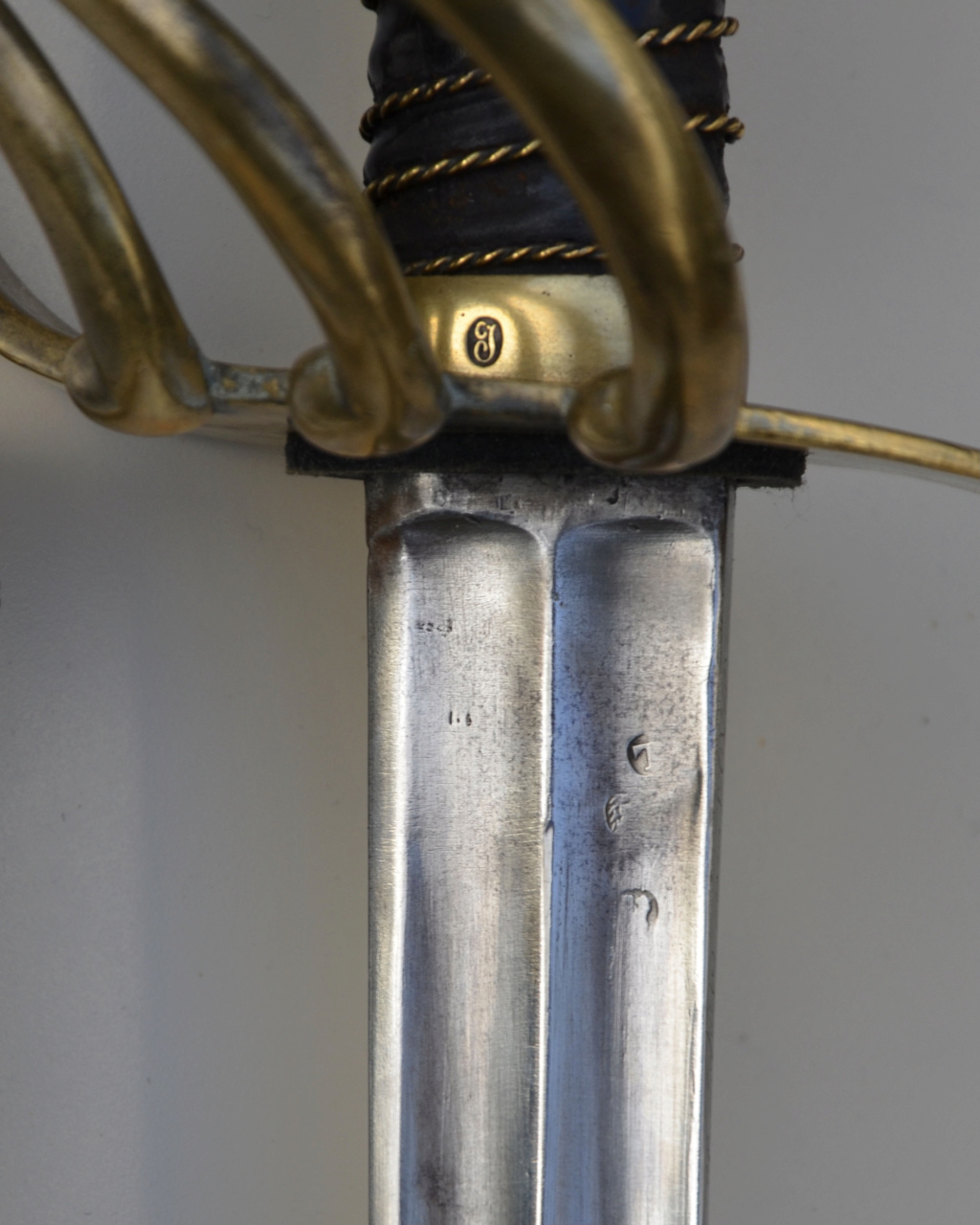 Un sabre français de cuirassiers premier empire Fcb50010