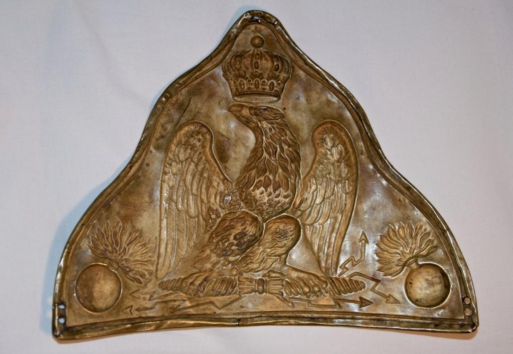 Plaque d'ourson de grenadier de la Garde Imperiale Premier Empire  ( avis ) Fullsi97