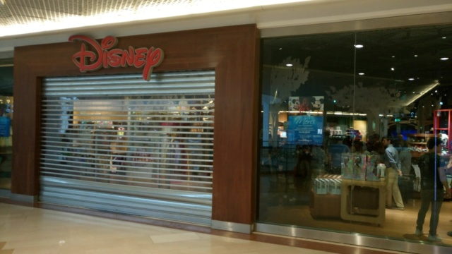 [Boutique Disney Store] Lyon - Page 10 61188010